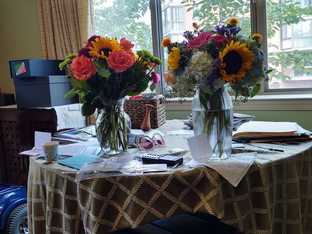 Anniversary flowers, 10-20.
