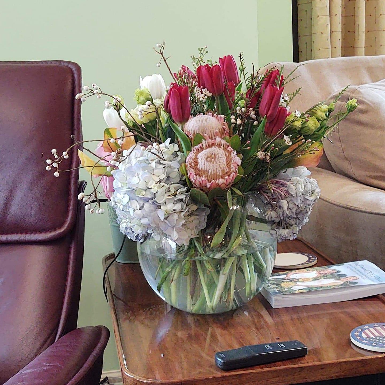 Beautiful Hanukkah flowers from great friends,12-20.
